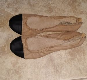 American Eagle flat shoes